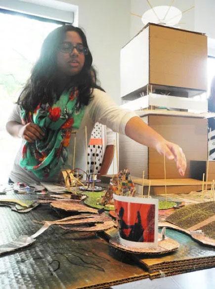 Youth making art